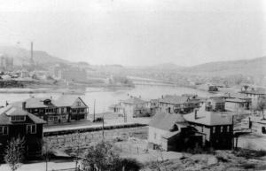 Une vue de l'usine de pâte et papier Fraser d'Edmundston