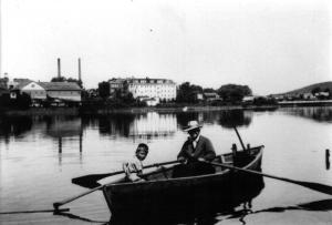 Marc Poitras et son grand-père sur la rivière Madawaska
