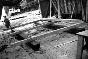 Fabrication d'un camp de bûcherons