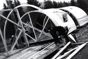 Construction d'un camp Quonset