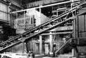 Construction de l'intérieur de l'édifice de manutention de l'écorce de l'usine Fraser d'Edmundston