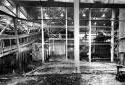 L'intérieur de l'édifice de manutention d'écorce de l'usine Fraser d'Edmundston