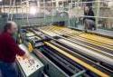 Salle de finissage au service du carton à l'usine Fraser d'Edmundston